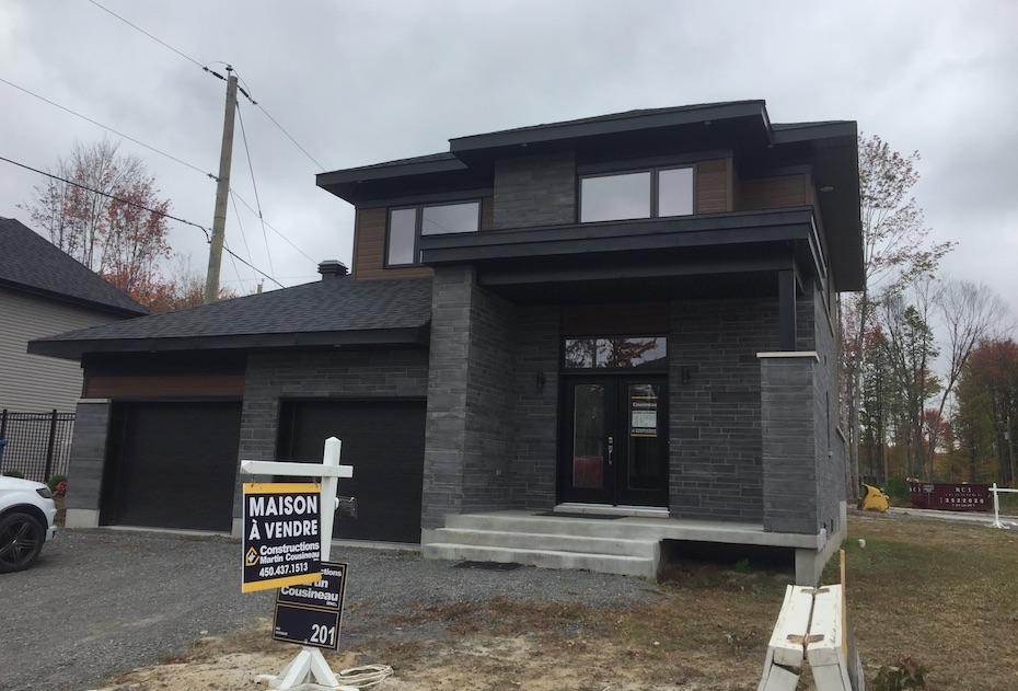 Blainville $464,900 Voir Détails